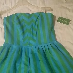 Size 4 Lilly pulitzer eve striped sleeve dress
